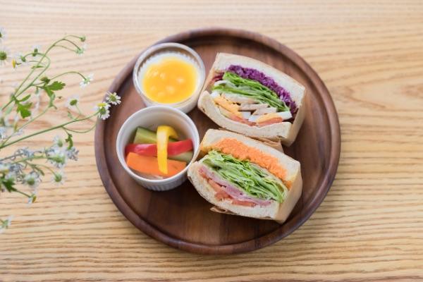 本日のサンドイッチ Lunch ¥900 / Cafe ¥700